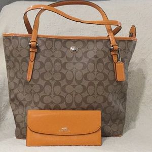 Coach SET City Zip Tote with matching wallet